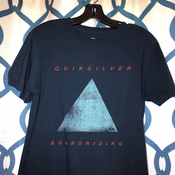 Quiksilver Other - Quiksilver Men's Blue Triangle Boardriding T-Shirt